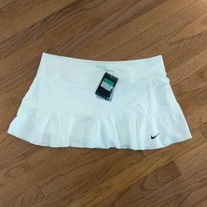Nike sport Dri-Fit tennis golf skirt skort NWT